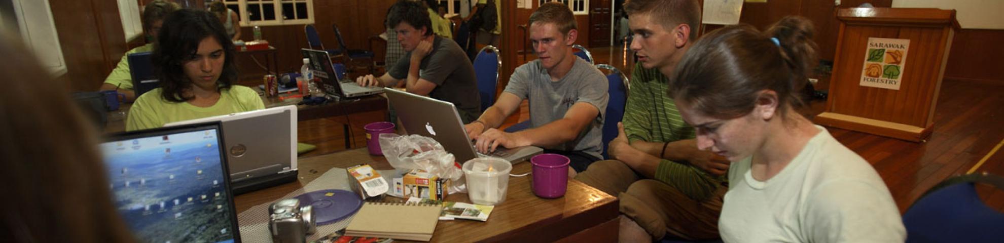 people working HKK